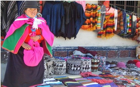 indigenous markets in ecuador