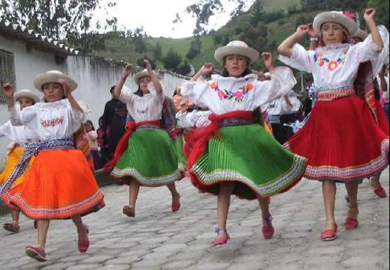 Peachy Ecuador Holidays Festivals Celebrations Easy Diy Christmas Decorations Tissureus